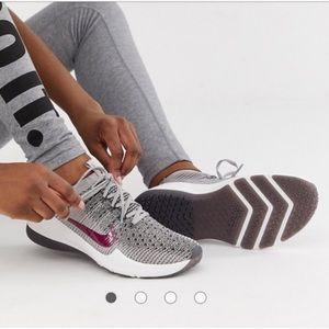✨Like New✨•Nike• Air Zoom Fearless FlyKnit 2